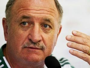 Luiz Felipe Scolari, o Felipão, treinador do Palmeiras, durante coletiva na Academia de Futebol d...