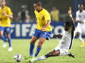Alex Teixeira em ação