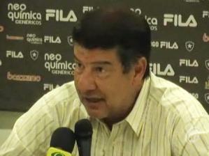 Joel Santana, técnico do Botafogo