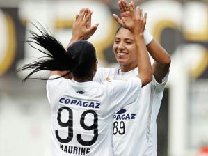 Maurine e Cristiane, do Santos
