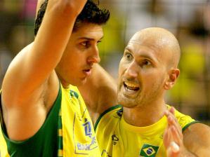 Diante das dificuldades enfrentadas pelo Brasil, o experiente Nalbert tentou passar úteis conselh...