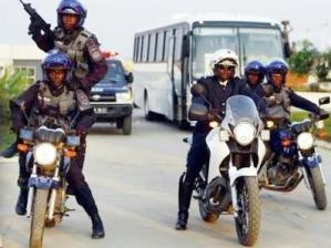 Polícia de Angola