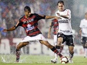 Léo Moura e Danilo