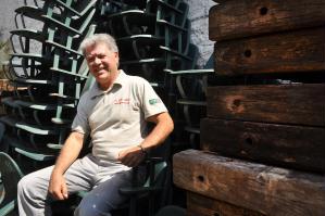 Acácio Miranda e suas cadeiras do Palestra