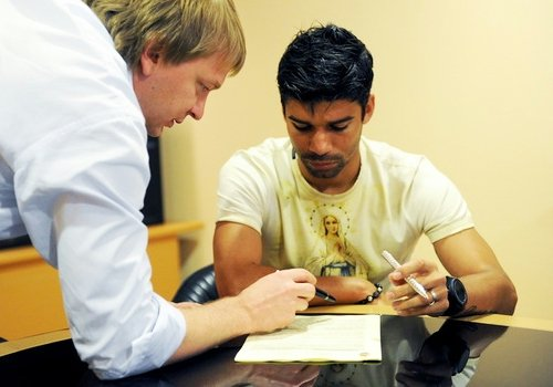 Shakhtar Donetsk contrata o atacante Eduardo da Silva - iG ...