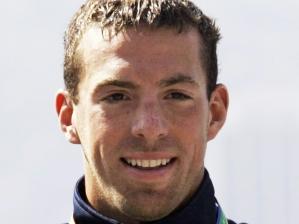Fran Crippen mostra sua medalha de ouro na maratona aquática no Pan do RJ, em 2007