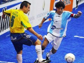 Dunga x Maradona no showbol