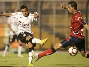 Dentinho, atacante do Corinthians