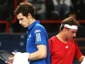 Andy Murray e David Nalbandial durante partida do Masters 1000 de Paris