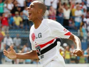 Alex Silva zagueiro do São Paulo