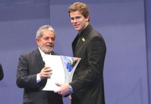 Cielo recebe prêmio de Lula