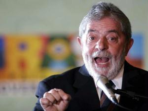 Em seminário voltado à discussão do desenvolvimento do País em tempos de crise, presidente Lula d...