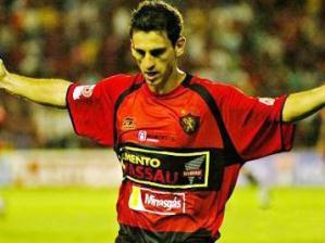 http://esporte.ig.com.br/images/4/4/4/6460399.fumagalli_224_299.jpg