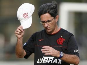Meu sonho ainda é treinar o Grêmio, diz Caio Júnior