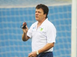 Jair Picerni, treinador do Santo André