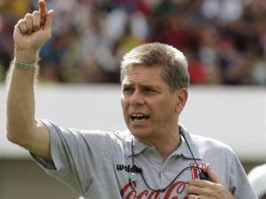 O técnico Paulo Autuori foi confirmado nesta terça-feira pela diretoria do Cruzeiro