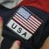 Norte-americana Jordan Larson voa e tenta passar pelo bloqueio brasileiro na vitória dos EUA por ...