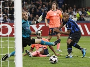 Maicon marca para Inter