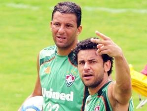 Washington e Fred, atacantes do Fluminense, durante treino do clube nas Laranjeiras